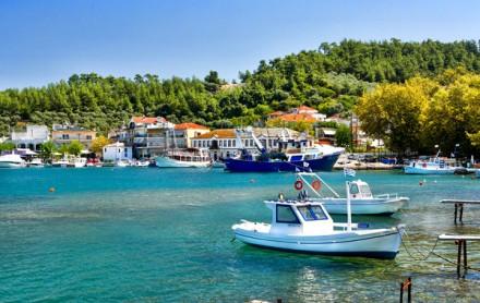 Закинтос по праву может присвоить себе имя самый красивый остров Греции.  Это самый яркий по природной красоте остров.